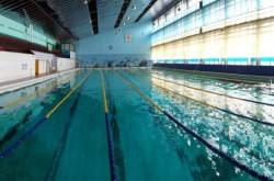 Бассейн в Дворце подводного спорта в Киеве