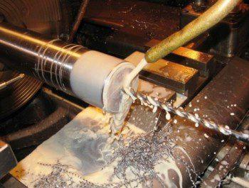 Как выполнить токарные работы: виды, технологические особенности и инструменты