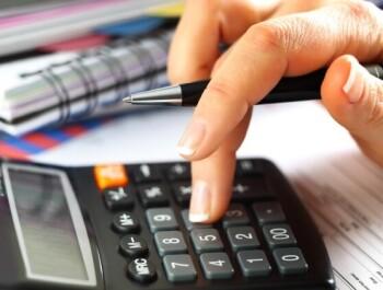 Женщина или мужчина: Кто расплачивается с долгами по кредитам более надёжно?