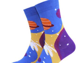 Тренд 2020: мужские цветные носки. Как носить, чтобы выглядеть круто, а не глупо?